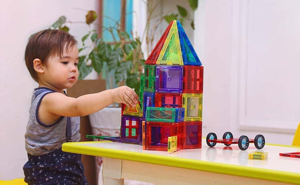 Toddler playing Magnetic Blocks
