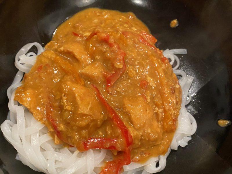 Thai Spicy Peanut Chicken (slow cooker)