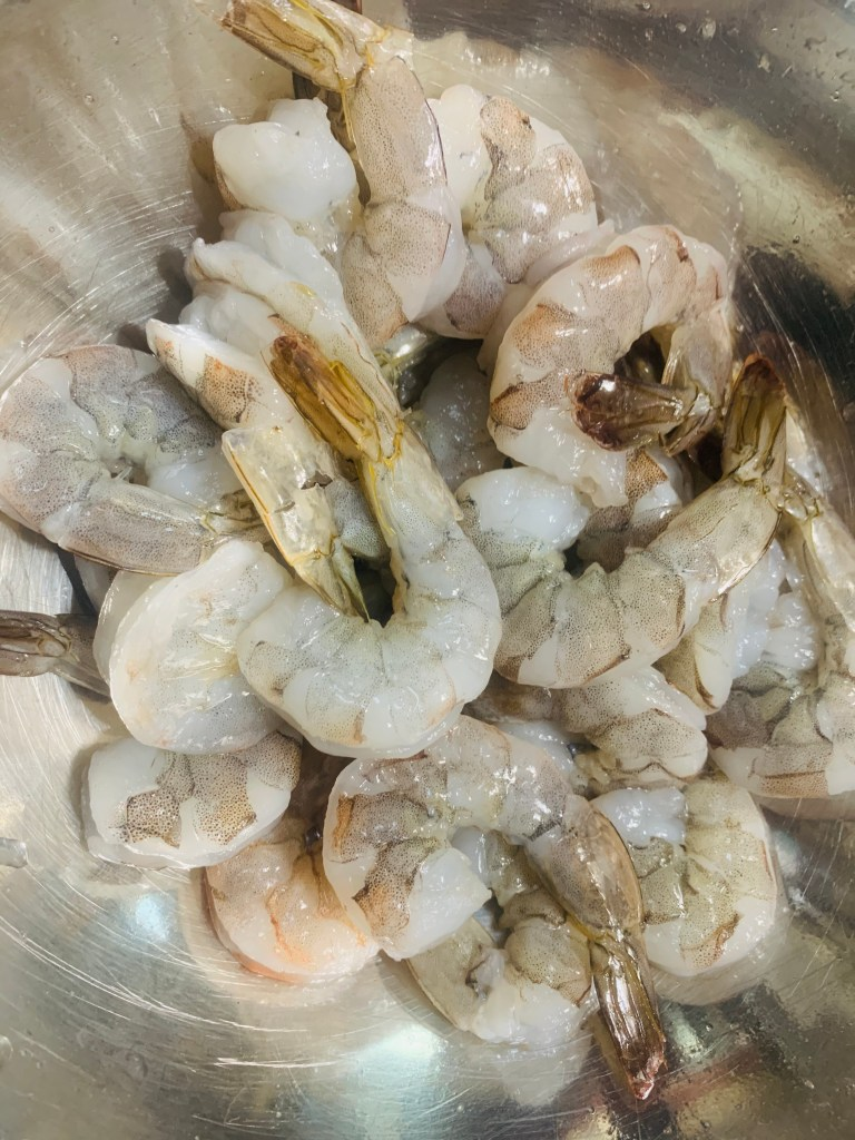 raw shrimp cleaned and deviled
