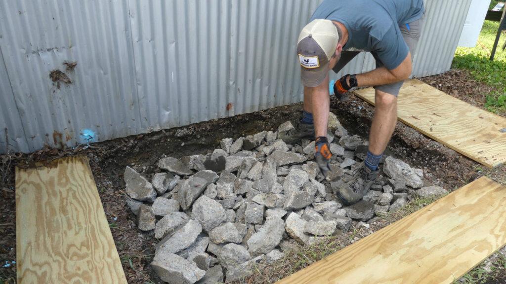 how to pour a small concrete slab