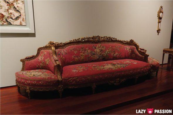 Lisbon 2018 museum sofa