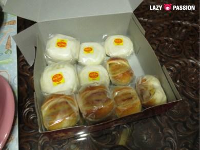 cakes, bit similar to mooncake