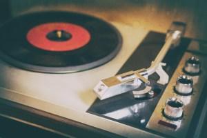 turntable, plate, vinyl-3393220.jpg