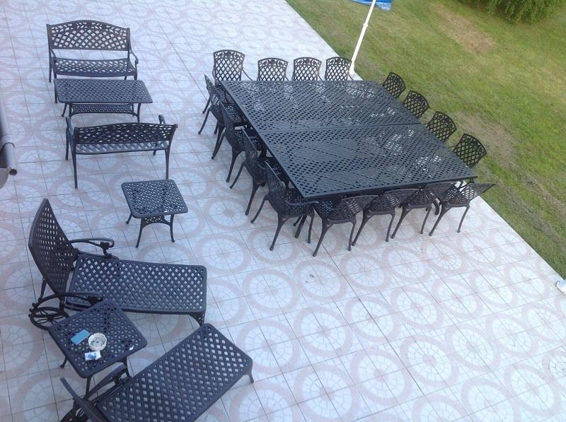 Table Jardin 16 Personnes : Un Banquet Dans Le Jardin Salon De ...