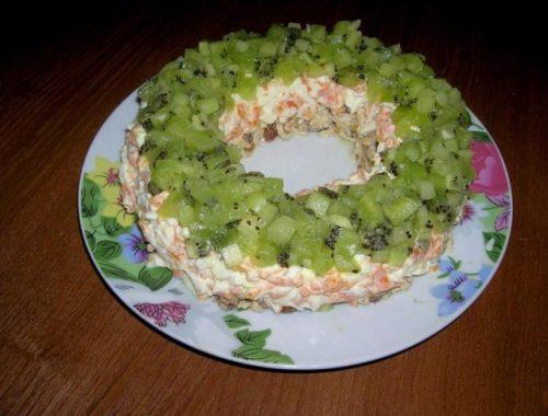 """Праздничный слоеный салат """"Малахитовый браслет"""""""