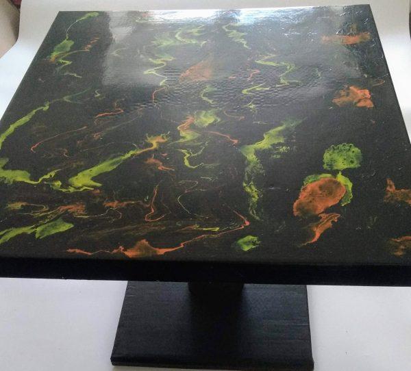 Table basse noir jaune orange or