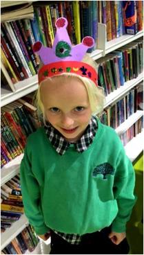 Carnival Headdress workshop at Shepherd's Bush Library