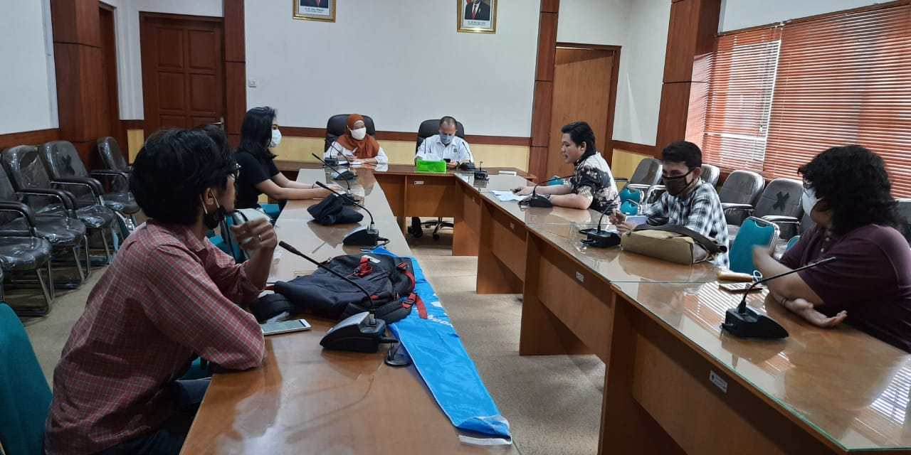 https://i0.wp.com/lbhyogyakarta.org/wp-content/uploads/2020/05/audiensi-disnakertrans.jpeg?resize=1280%2C640&ssl=1