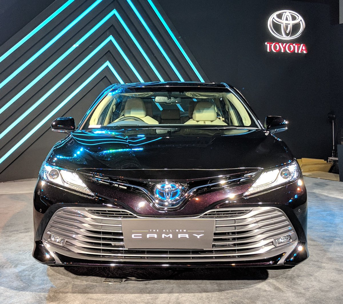 brand new toyota camry hybrid pelindung radiator grand avanza live updates 2019 launch in india overdrive the has been launched at