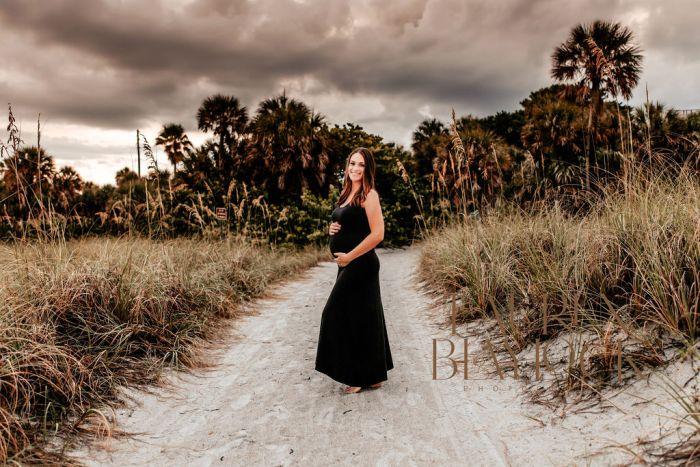 tampa maternity photographer fort desoto beach