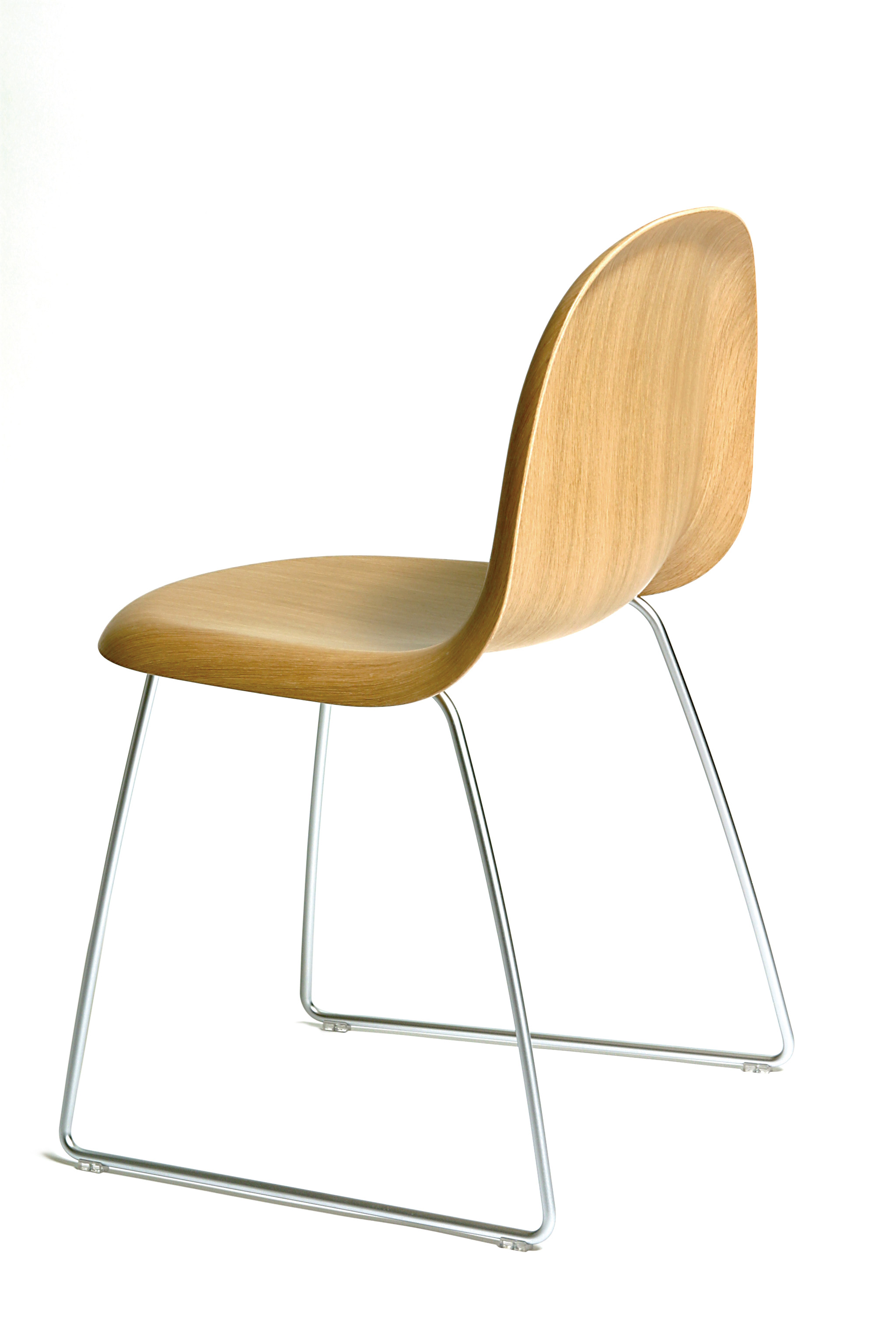 Scandinavian Chair 301 Moved Permanently
