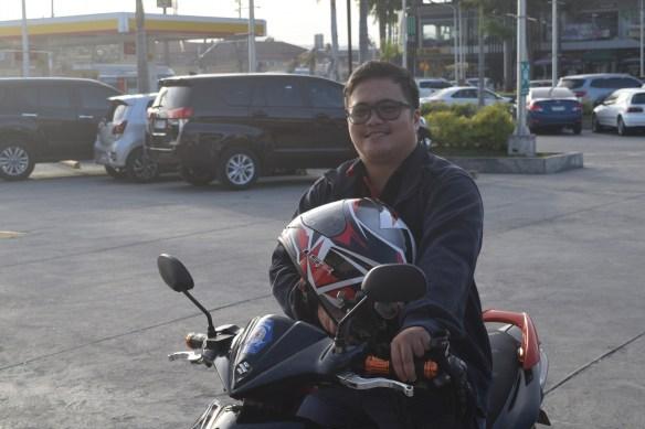 Miyembro ng Transman Pilipinas, nagbahagi ng kanyang mga karanasan si Charles Adam Almendrala, 32 taong gulang, mula sa Alaminos, Laguna. (Kuha ni Von Consigna)