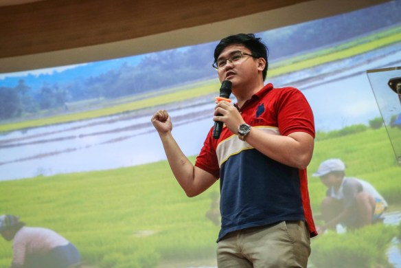 Dexter Yang talks about inequality and good governance during the UST Youth To Be Summit last January 2020. Photo taken from UST Political Science Forum