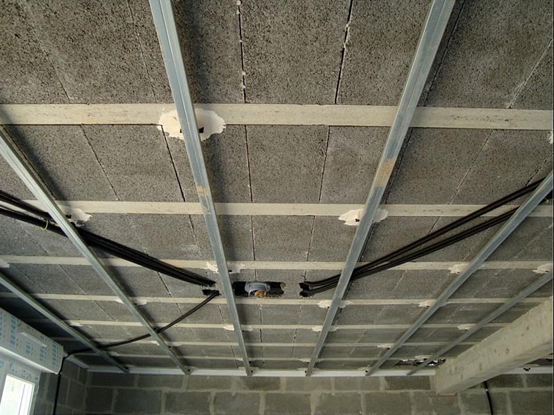 rails-plafonds-plaques-de-platre