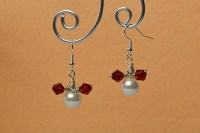 How to Make a Pair of Easy Mickey Beaded Drop Earrings for
