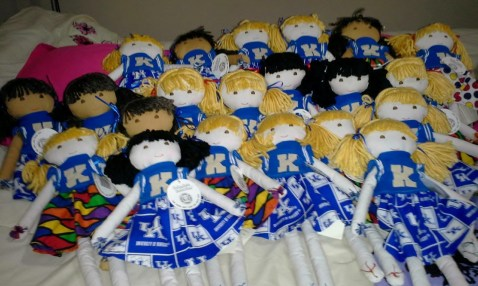 Handmade Doll Clothes - Fan Posted on LaCartera Facebook Page