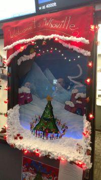 Christmas Window Decorating Contest Ideas | Psoriasisguru.com