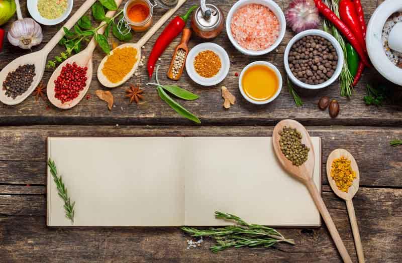 condimente pentru gratar, amestec de mirodenii ierburi si sare, pentru marinada sau carne de pui, porc sau miel la gratar