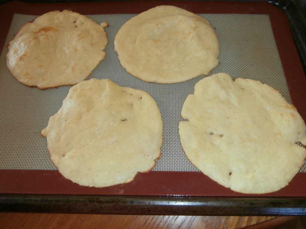 """Faux"" Corn Tortilla Shells! #LCHF #InductionFriendly"