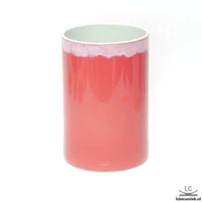 roze porseleinen vaas