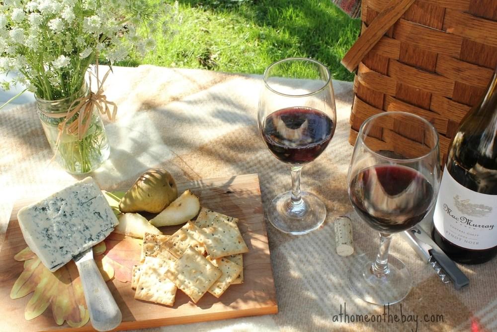 Résultats de recherche d'images pour «vin fromage pic nic»