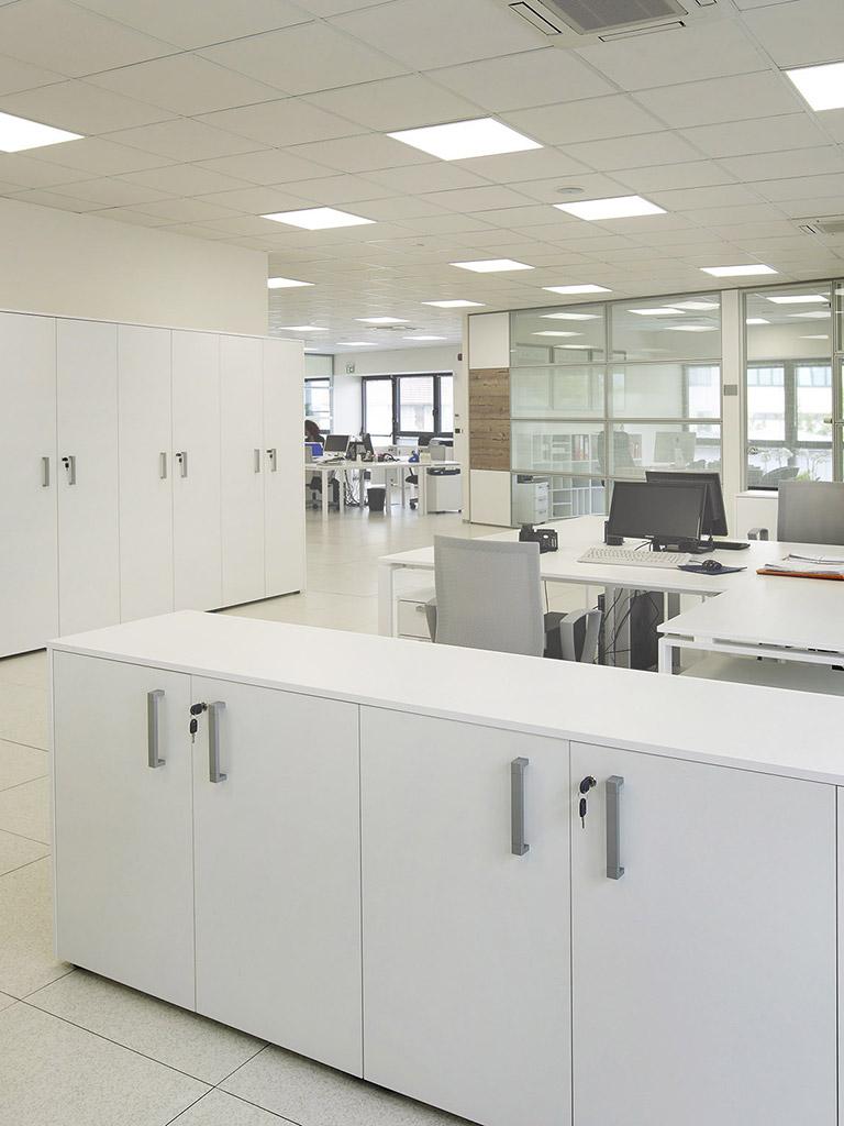 Un catalogo ricco di proposte ti accompagnerà nel tuo sogno di un arredo ufficio nuovo che ti rappresenti. Arredamento Ufficio Lcm Office