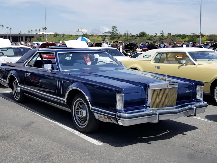 Black Lincoln coupe