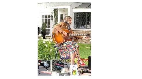 Sabrina singing