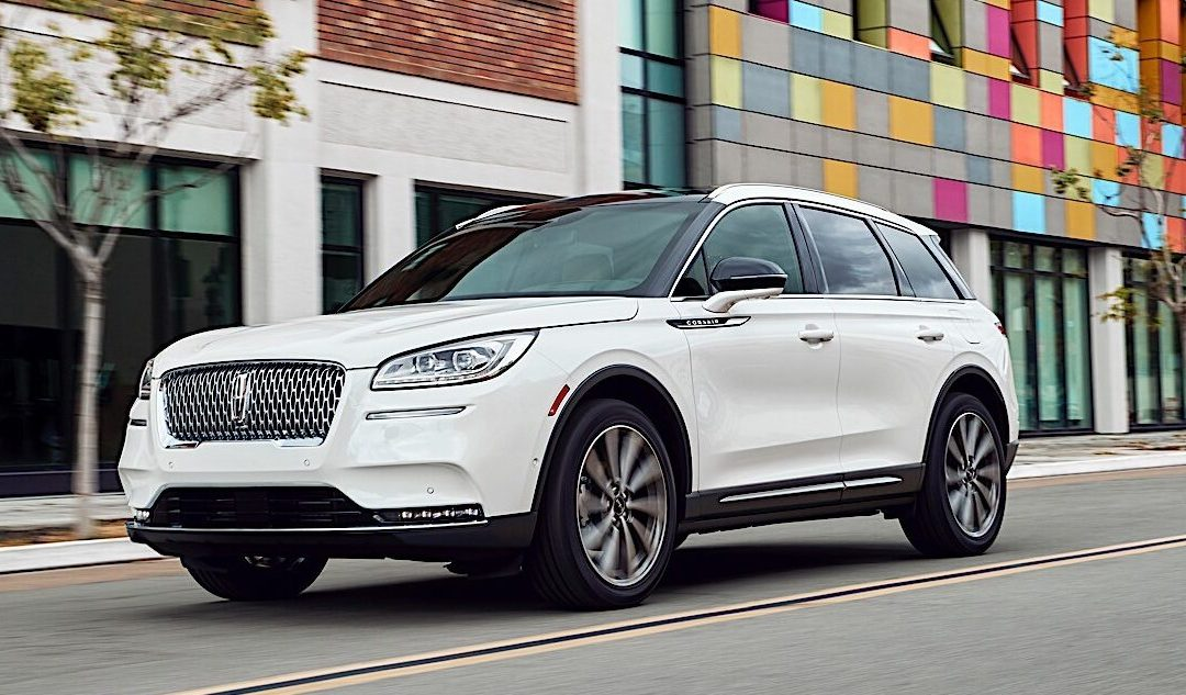 Lincoln Corsair is the Sedan Lover's SUV and Much More
