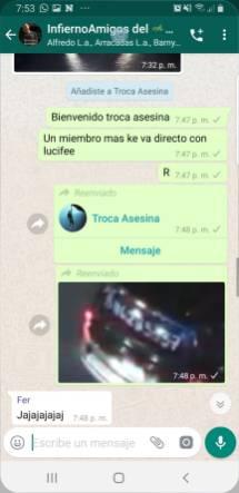 Riña02