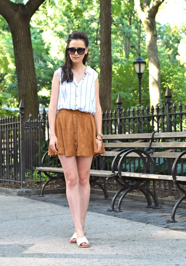 irish fashion: Suede Button-Up Skirt 8
