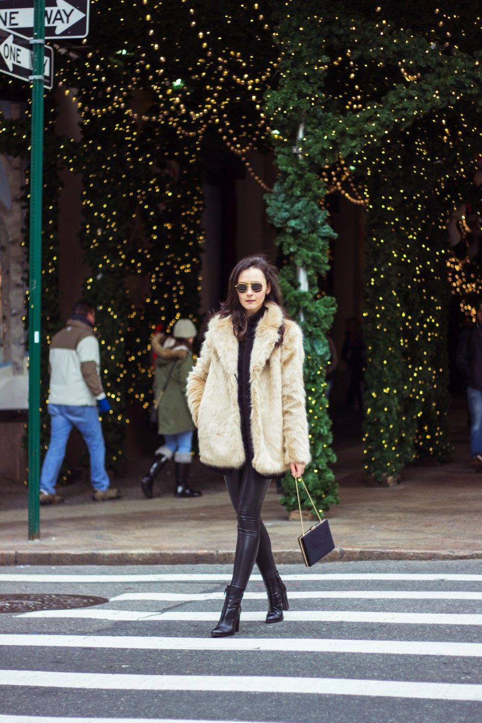 NYC Blogger: Faux Fur Coat