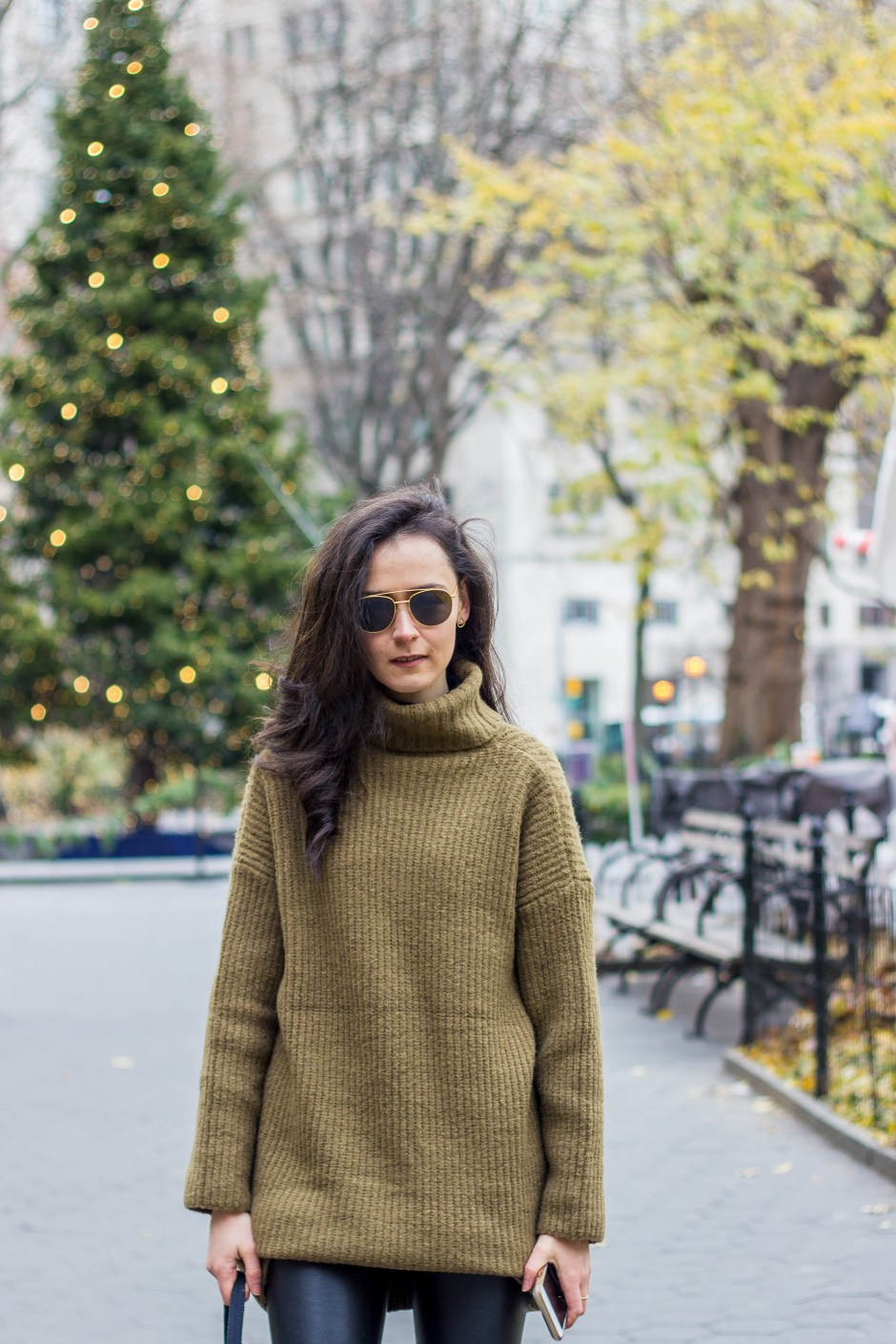 NYC Blogger: Sweater dress 3