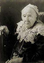Image: Julia Ward Howe, half-length portrait, seated, facing left