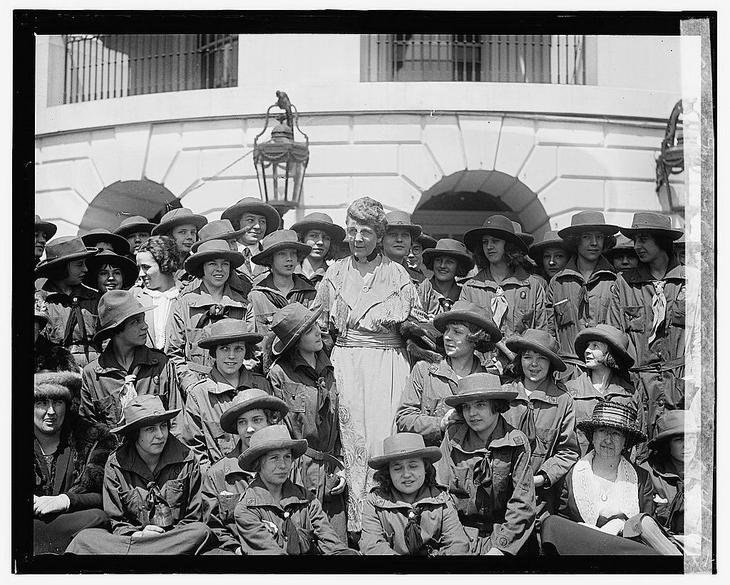Mrs. [Florence Kling] Harding & Girl Scouts, 4/22/22