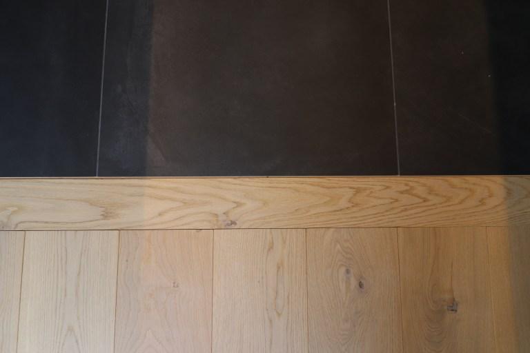 vert guitare parquet rideaux chêne agencement niche spot carrelage noir blanc (7)