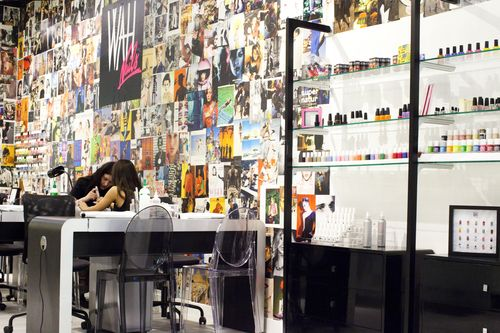 Beauty rooms open at topshop 39 s oxford circus flagship for Nail salon oxford