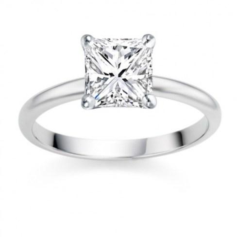 Princess Cut 0.50 Carat F VS1  Platinum Diamond Engagement Ring