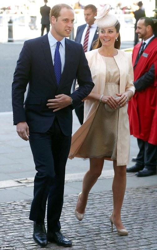 duchess-cambridge-queen-coronation