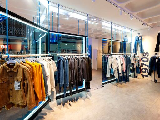 Gap celebrates 50 Years of Denim with London pop-up shop