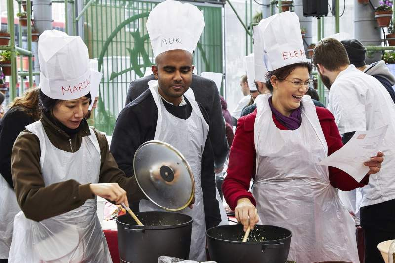 #Wokfor1000 will attempt to cook 1000+ meals in one day in Borough Market 32
