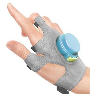 # 帕金森氏症病人的福音: GyroGlove 防抖動手套減緩患者手部顫抖症狀 2