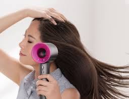 # Dyson Supersonic 氣流吹風機 掀起美容業革命:4大功能一次解決烘髮問題! 5