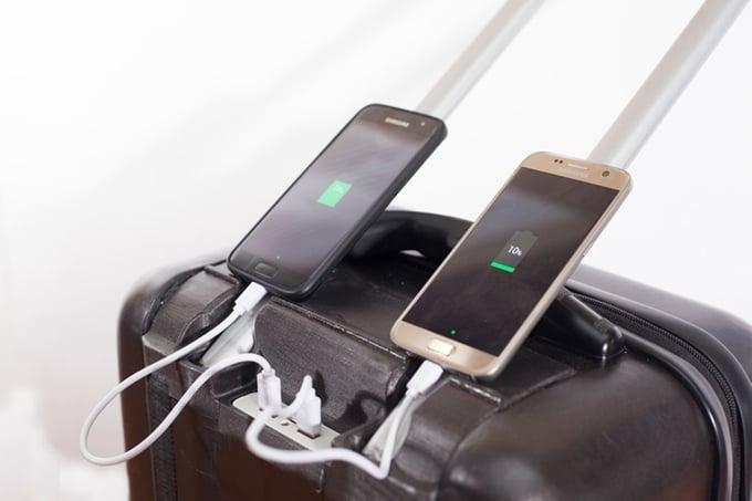 # TraxPack Luggage:世界首創會爬樓梯的行李箱! 4