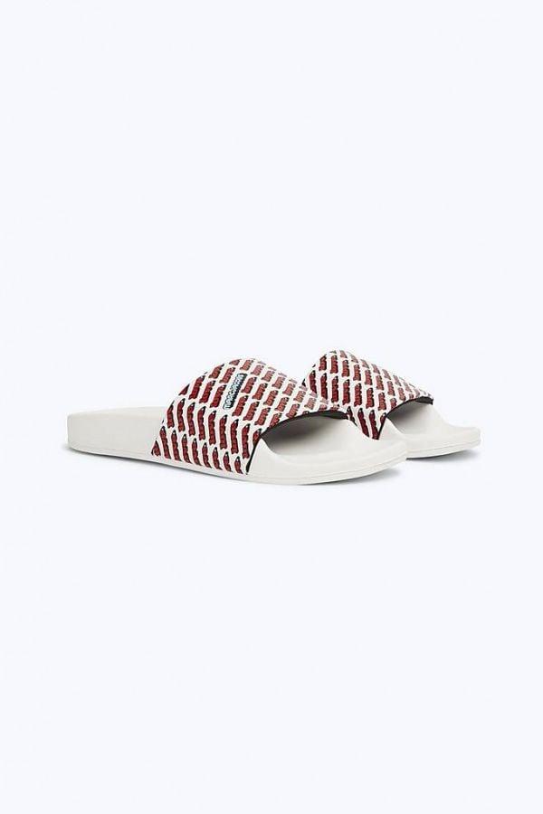 # In Your Shoes 002:最適合大熱天的拖鞋時尚,炎炎夏日來一雙吧! 17