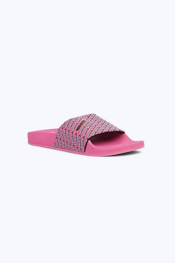 # In Your Shoes 002:最適合大熱天的拖鞋時尚,炎炎夏日來一雙吧! 15