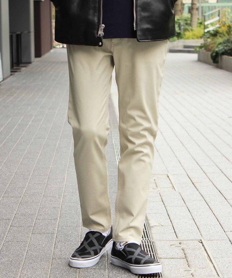 # 可防水抗汙又排汗的休閒褲:來自瑞士的 3XDRY®獨家專利技術 8