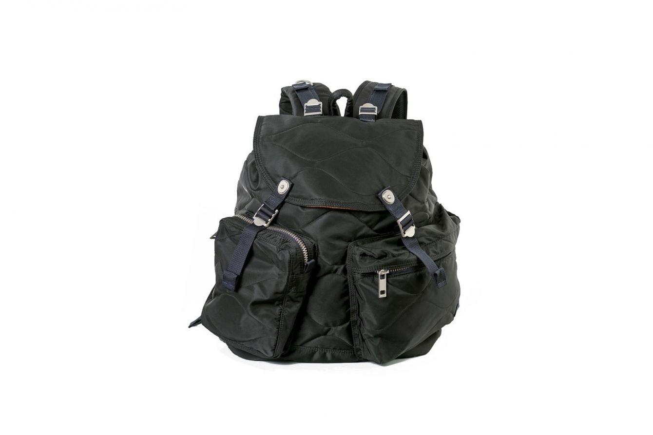 # Sacai × Porter 釋出最新聯名包款:再現軍事風格 2