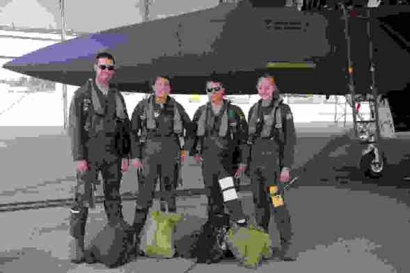 # Bag Yourself 007:軍事風格大盛,「頭盔包」從何而來報你知! 1