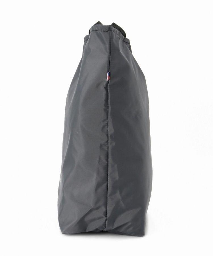 # 簡單中帶點運動的四色尼龍手提托特包:來自 USA BAGS 美國加州包袋品牌 12